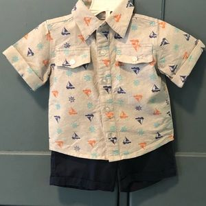 NWOT boys sailboat button down shirt/shorts set